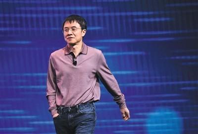 巨头的未来AI之战:腾讯向左 百度向右