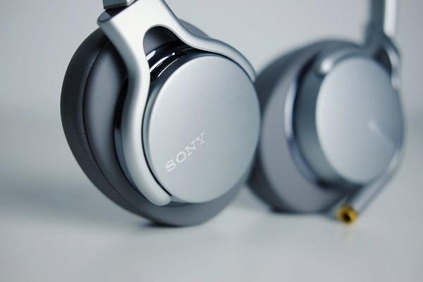 投注网_索尼 MDR-1AM2 头戴式耳机对比体验:索尼之声的最佳代表-产品描述-玩意儿