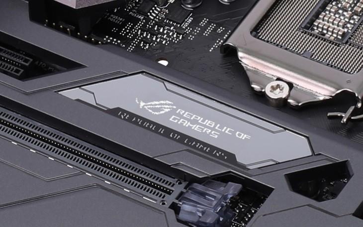 硬件发展新潮流?谈一谈集成在各类产品上的OLED显示屏
