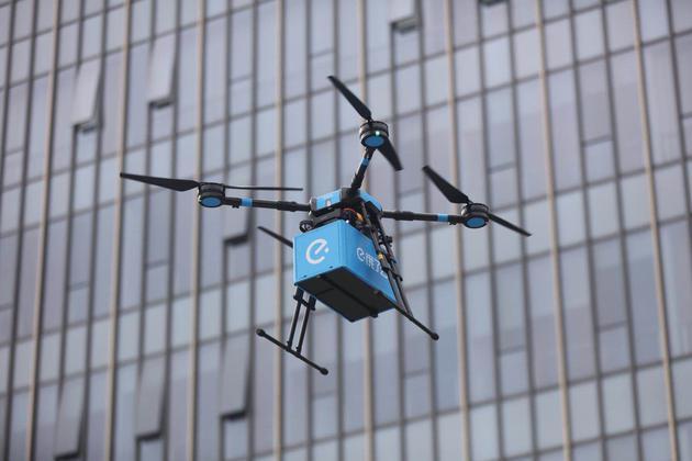 直击 饿了么获批首条无人机配送航线 外卖20分钟送达