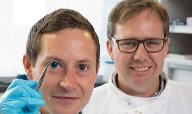 英科学家 3D 打印人造角膜,首次混合人类细胞