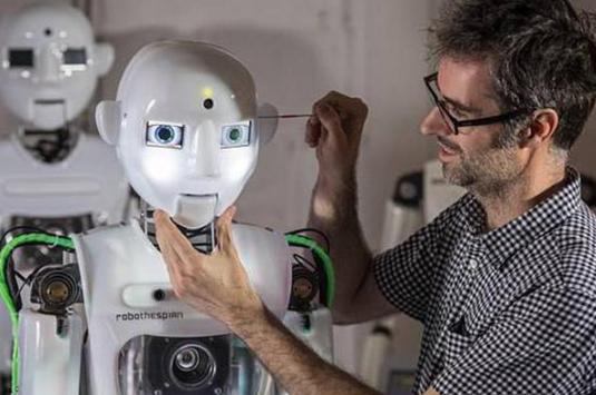 人工智能觉醒 英国研发超逼真机器人我乐足彩网-玩意儿
