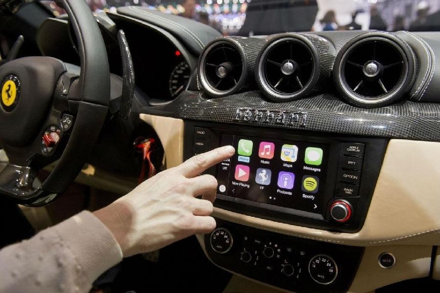 多方共同推动LTE-V2X商用加速 车联网及自动驾驶普及尚早