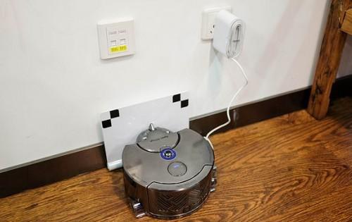 智能扫地机器人好用吗?科技带来清洁新模式