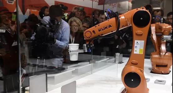 中国需求量太大 2017年德国机器人和自动化设备的销售创纪录