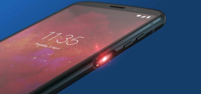 摩托罗拉 Z3 Play海外发布:骁龙636+侧边指纹