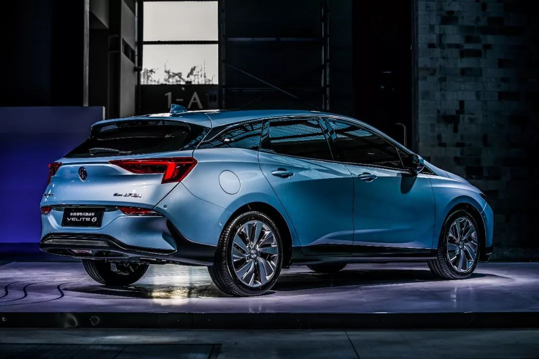 安全、可靠、耐久:高标准汽车动力电池的自我修养