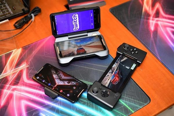 """华硕ROG游戏手机:2.96GHz""""鸡血版""""骁龙845性能超彪悍"""