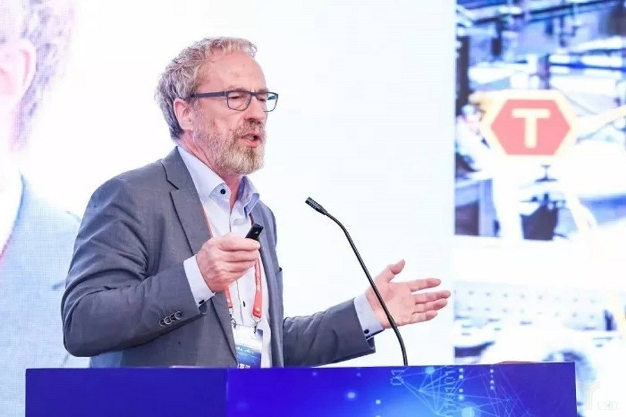 德国科学院院士:传统企业寻求变革 向智能制造靠近