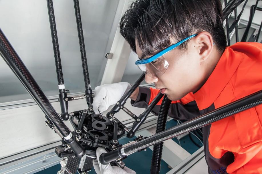 并联机器人的技术尖兵——勃肯特机器人与高速高精度市场