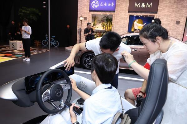 奔驰中国研发中心负责人安尔翰:瞰思未来在中国更快落地