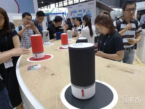 """智能语音产业井喷:AI音箱与蓝牙音箱同场""""互撕"""""""