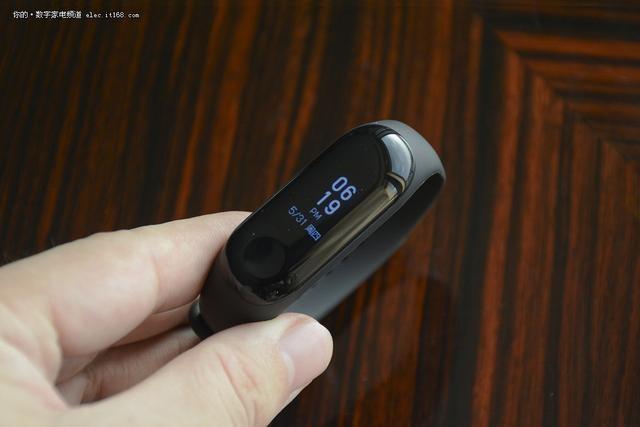 169元小米手环3上手体验:功能升级更得人心