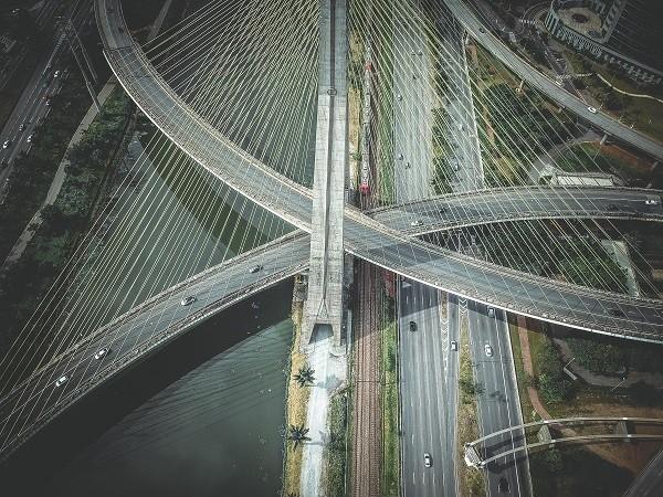 区块链与新能源汽车产业会擦出怎样的火花?