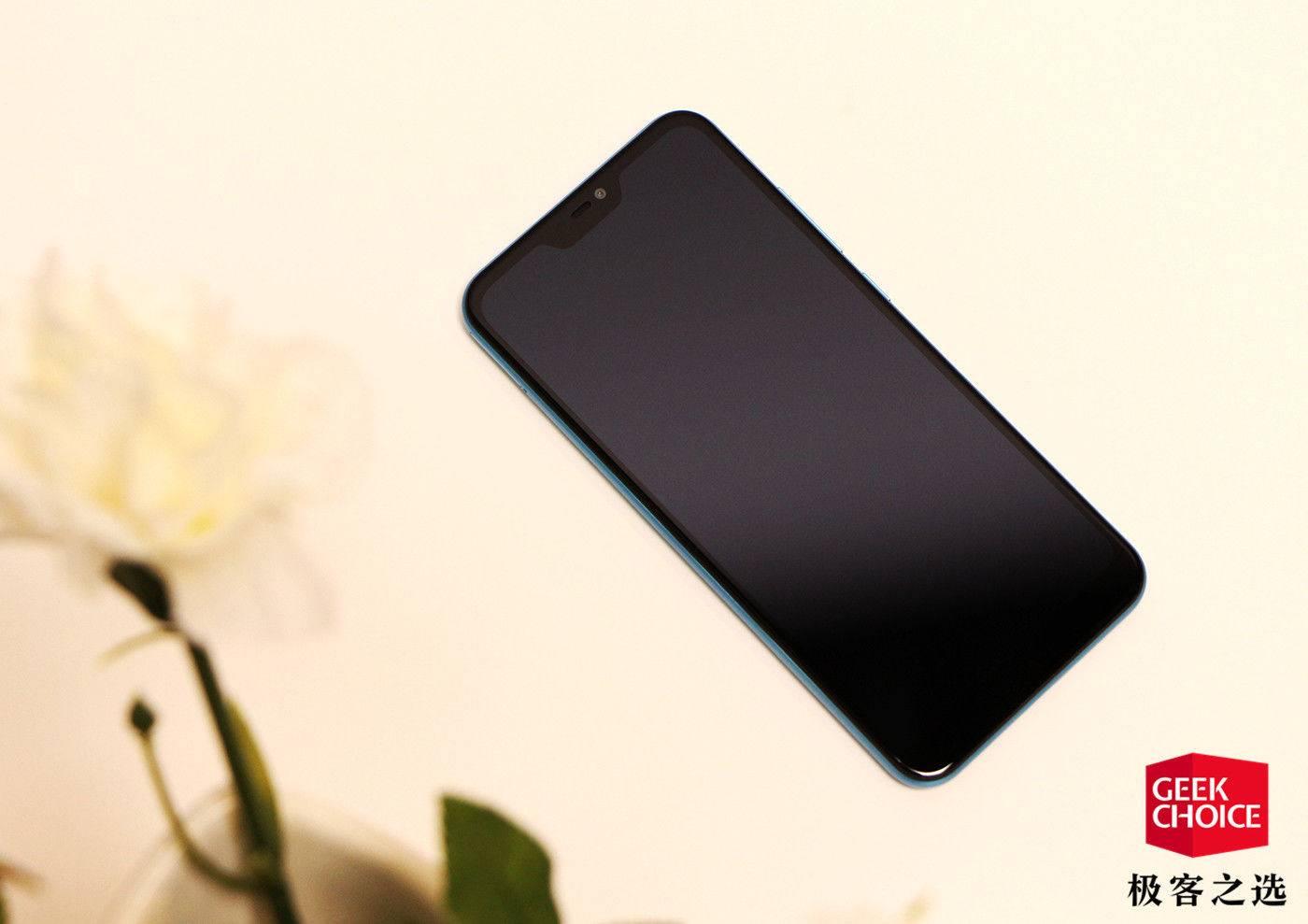 """红米6 Pro上手:小巧全面的千元""""刘海屏""""手机"""