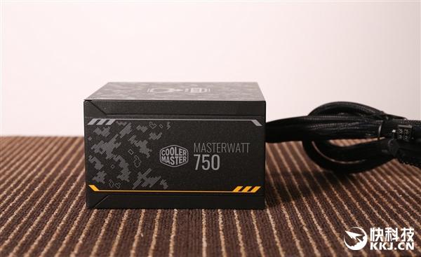 迷彩外观 酷冷至尊MasterWatt 750 TUF Gaming Edition电源图赏
