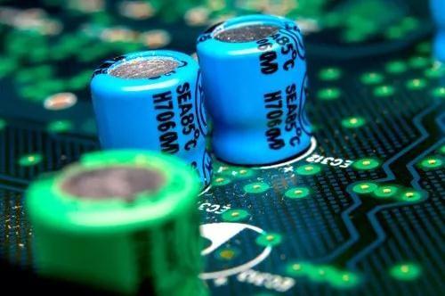 电容器严重短缺 照明设备面临价格上涨压力