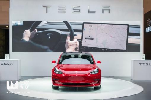 马斯克宣布特斯拉7天生产了7000辆汽车,包括5000辆Model 3