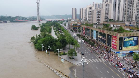 洪水过境 国网重庆电力力保供电安全