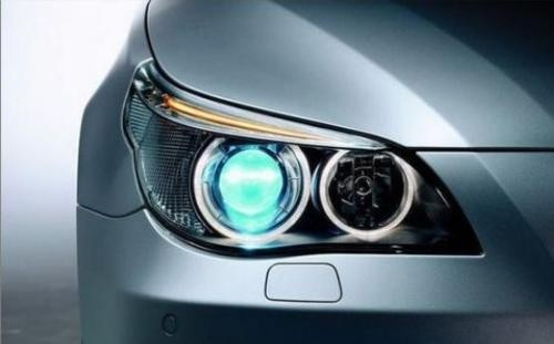 收购、新品 汽车照明领域动作频频