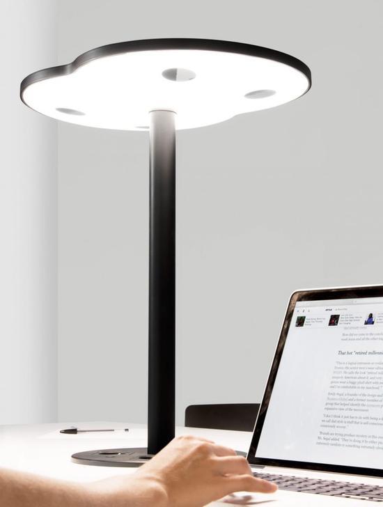 研究员研发首台LiFi网络台灯 有光即上网