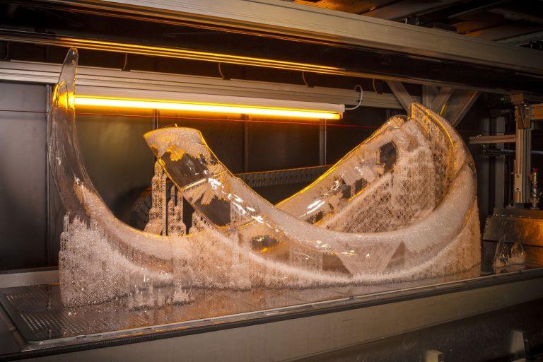 Materialise应用3D打印技术完美挑战猛犸象骨架重建项目