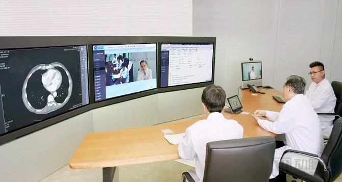 用互联网医疗平台为5700家医院牵线搭台,运营手册有一本字典厚度