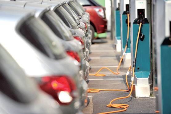 插电混动车型获9成人士看好 2025年前后份额将超35%