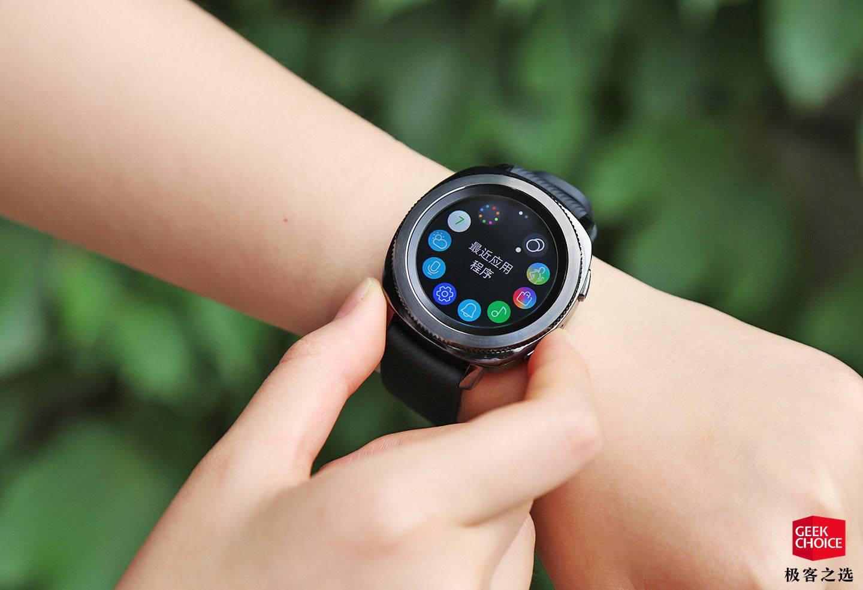 三星Gear Sport体验:一款能陪你游泳的高颜值智能手表