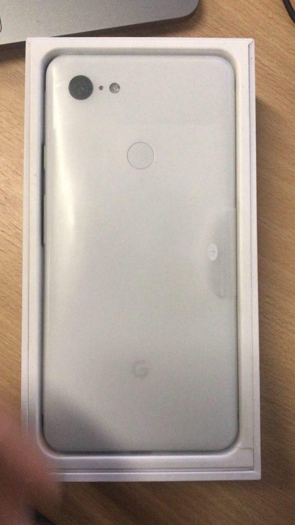 Google Pixel 3 XL真机视频泄露:刘海屏 有下巴
