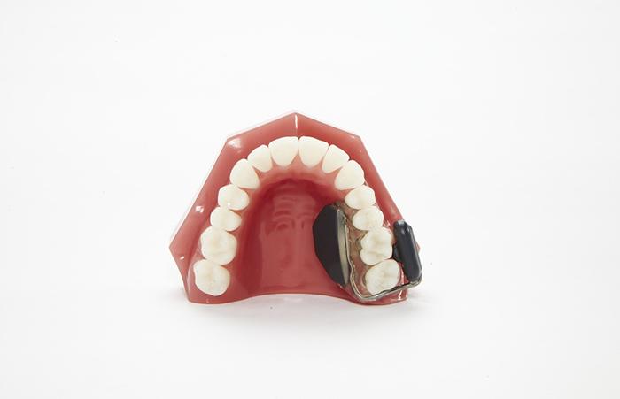 用牙齿听声音的骨传导助听器,将于2019年上市