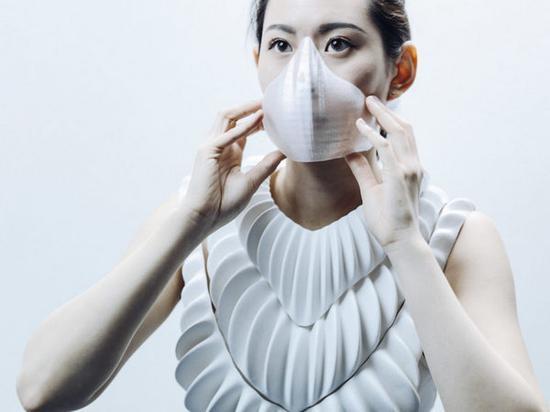 英国科学家研发新型3D打印服,可让用户在水下自由呼吸