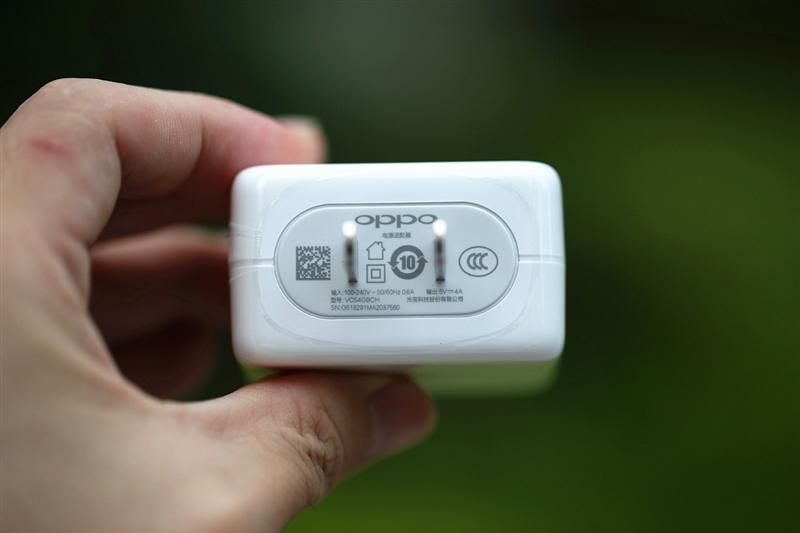 标配屏幕指纹!OPPO R17首发评测:91.5%屏占比+骁龙670