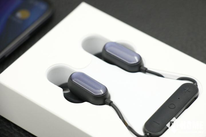 小米运动蓝牙耳机青春版上手:轻盈、便捷、至真至美