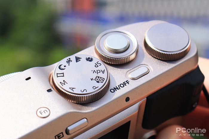 富士XF10评测:一款专注社交与街拍的便携相机