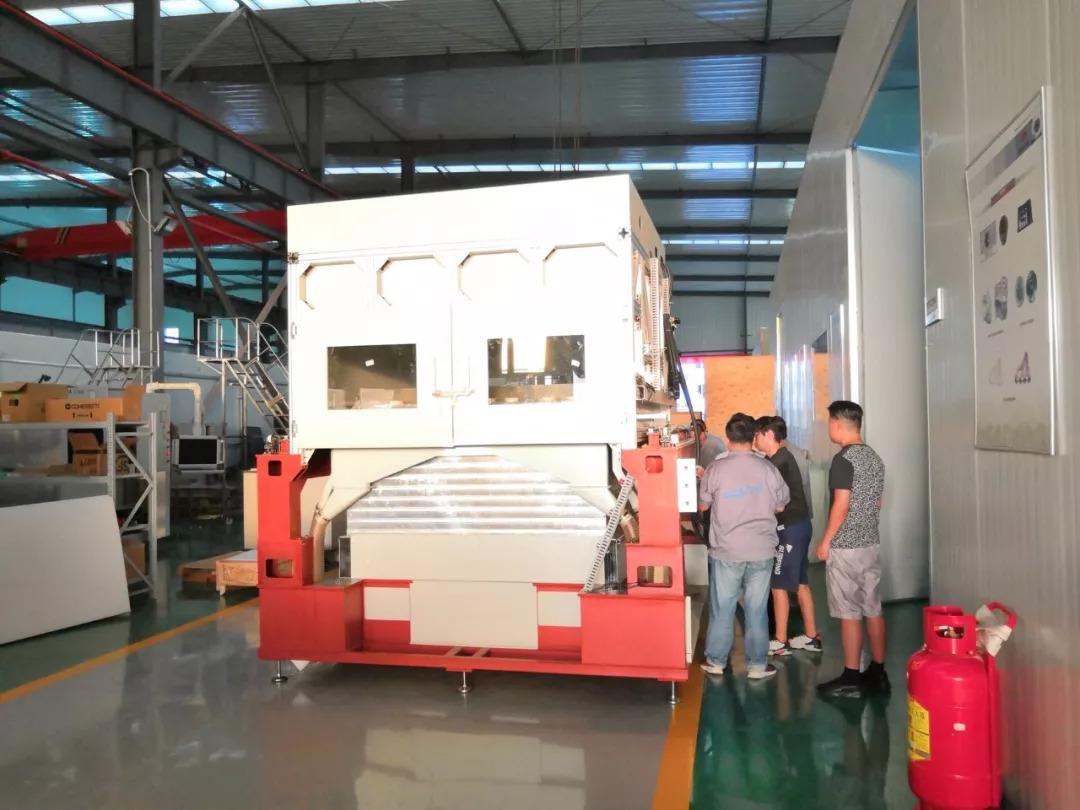四激光、四振镜、全球最大台面陶瓷激光烧结3D打印机在中国下线