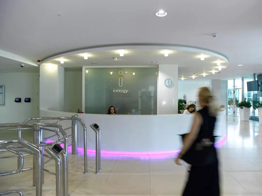 """如何践行""""以人为本""""照明理念?来看看这两处大型办公大楼"""