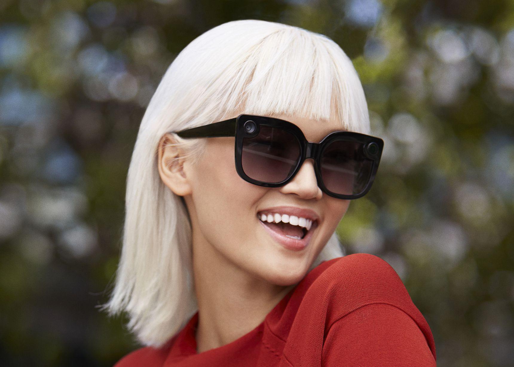 Snap推出新款式Spectacles眼镜,戴上看起来更自然