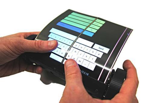 可滚动触摸屏平板电脑MagicScroll来了,可以像卷轴一样卷起来
