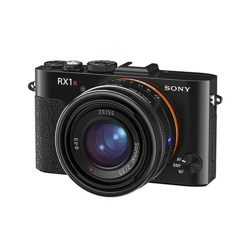 蔡司或将推出固定镜头全画幅相机