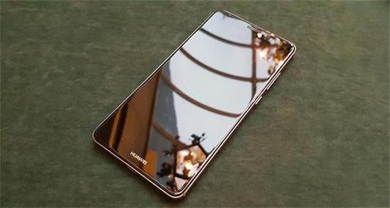 看了苹果新iphone售价,华为余承东:稳了!