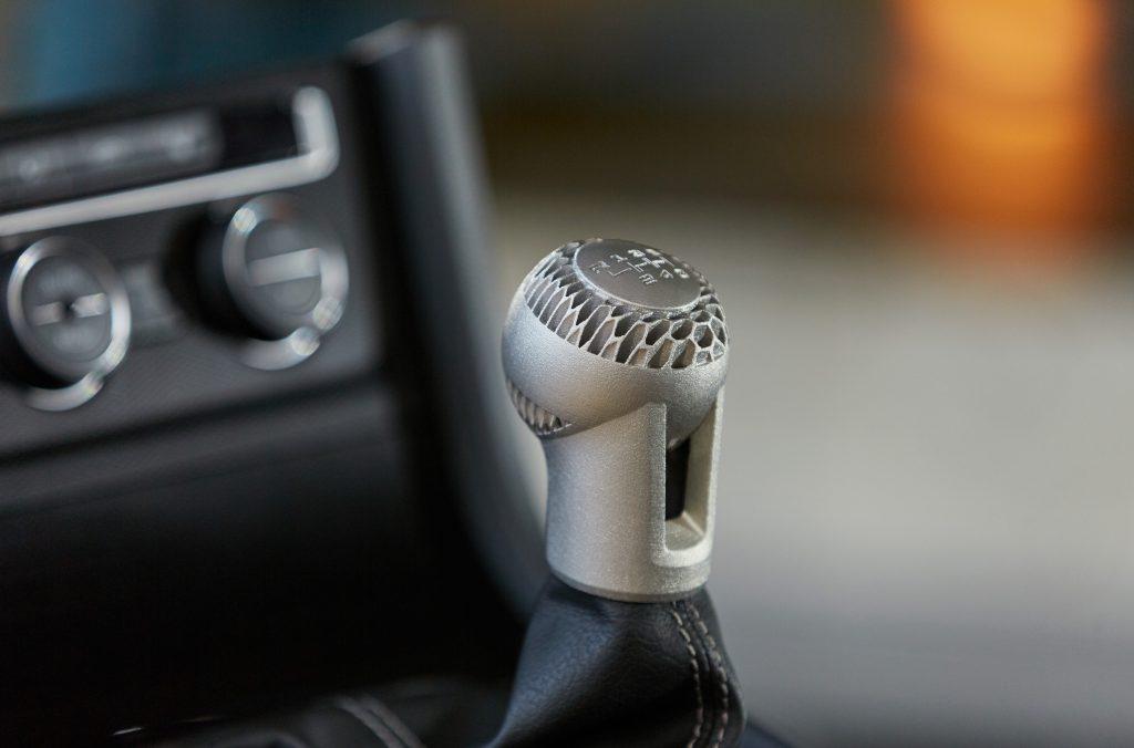 大众汽车转向大规模定制,每年的目标是超过100,000个3D打印零部件