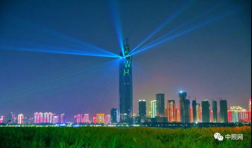 比肩里昂灯光节 3D Mapping光影秀强势登陆武汉