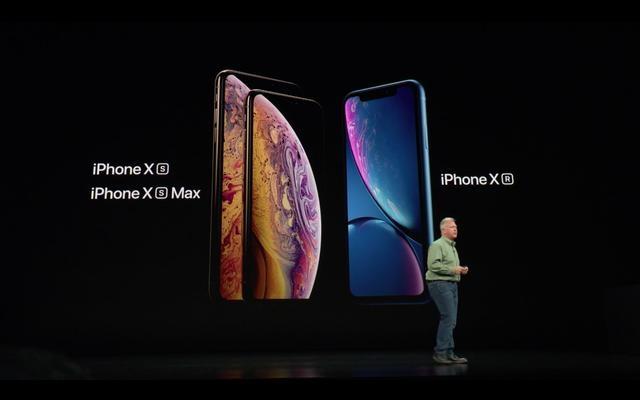 """新iPhone 再陷""""绿线门""""?首例iPhone XS Max屏幕绿线故障出现"""