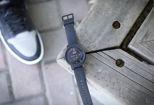 三款千元内智能手表大比拼