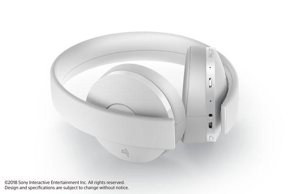 国行PS4新款白色无线耳机组将于12月7日发售