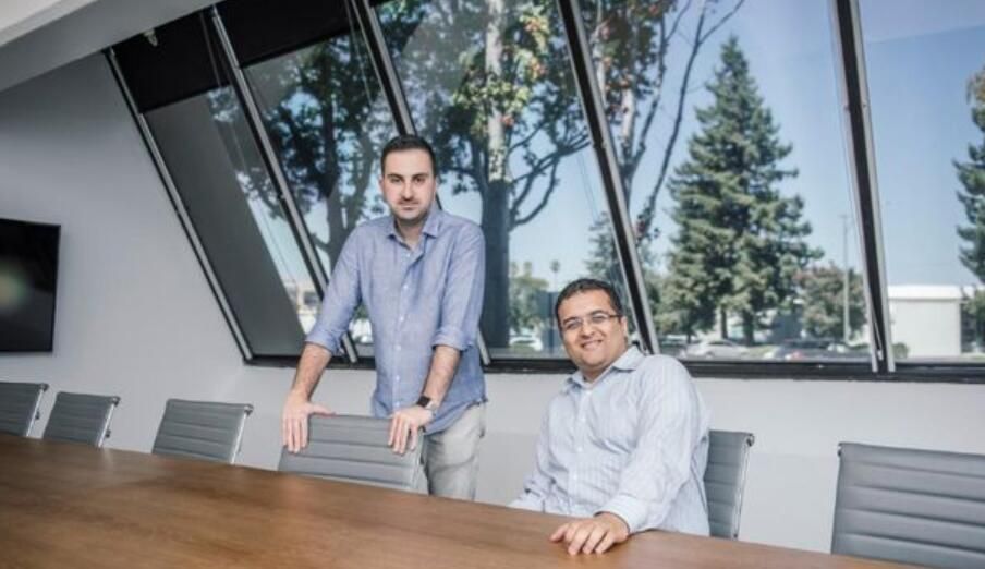 前苹果工程师搅局自动驾驶 研发激光传感关键技术