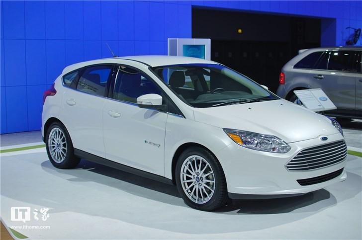 福特新专利获揭示:开车如同玩手机游戏
