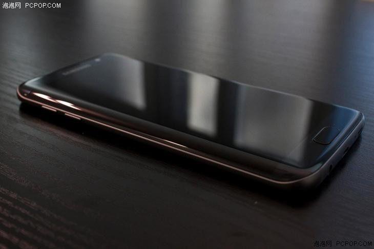 直线属于人类,曲线归于上帝:三星曲面屏手机回顾