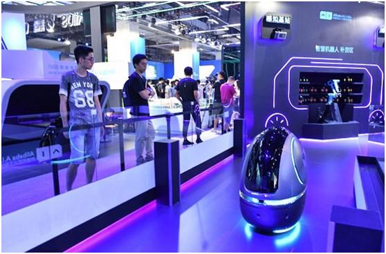 服务机器人或迎来发展新时期,小觅智能如何突破技术瓶颈?